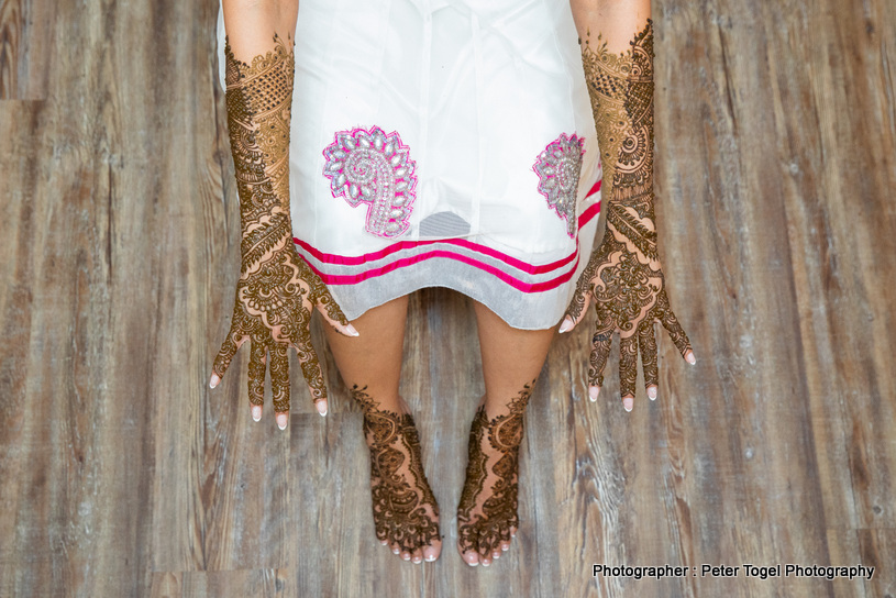 Gorgeous Feet and hands Mehndi Design