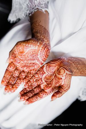 Detailed Mehndi on Brides hand