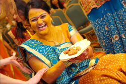 Wedding Story Nilu & Jay Patel - Haldi