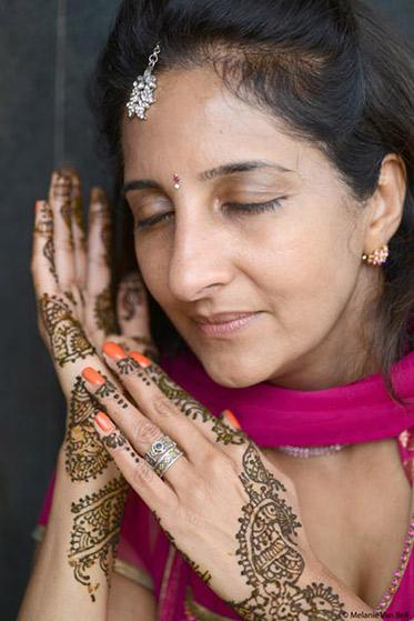 Indian Bride Capture in her Mehndi Art