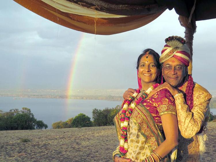 Elizabeth Weds Hitesh at Crescent Island Captured by Salvador Ten, Melanie Bell, Milind Gadre, Vipul Kabaria