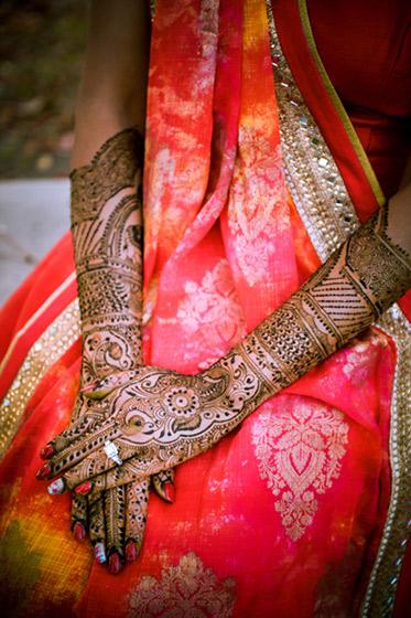 Fantastic Indian Bridal Mehndi by Rozy Beauty Salon