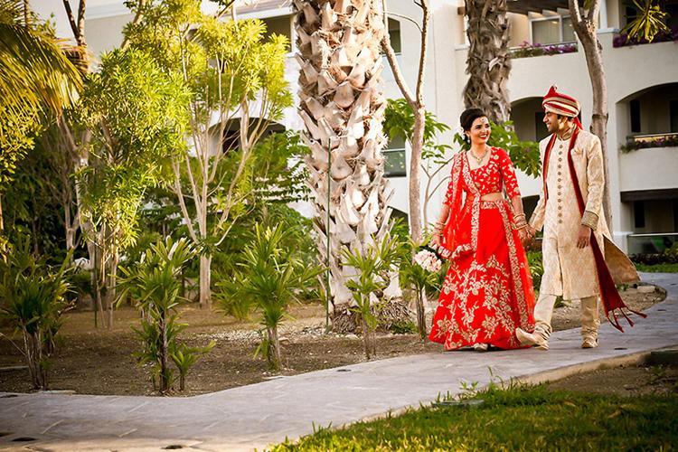 Indian Couple Outdoor Photo Shoot