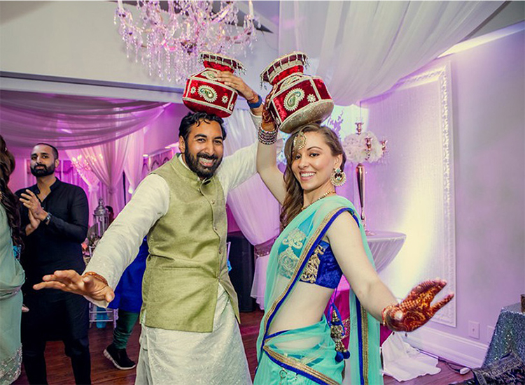Indian weddings are best known for their grandeur, traditions, grace, colors and almost carnival-type celebration