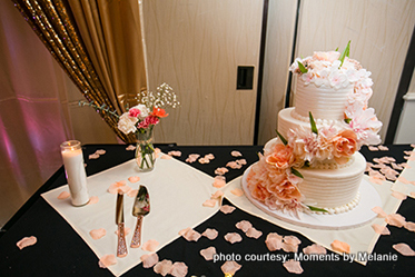 Amazing wedding cake with floral design
