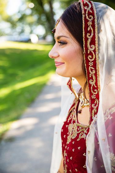Indian Bride Wearing Mang Tika