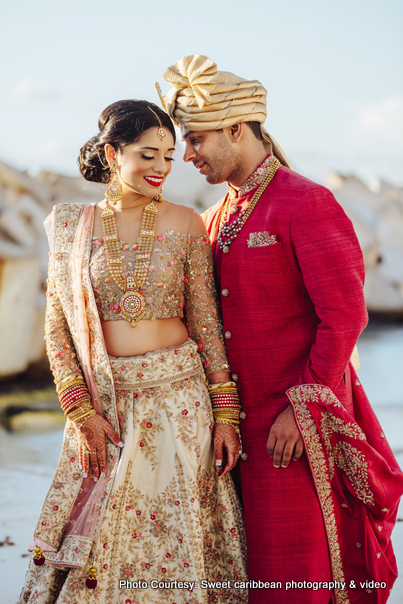 Gorgeous Indian Couple Outdoor Shoot