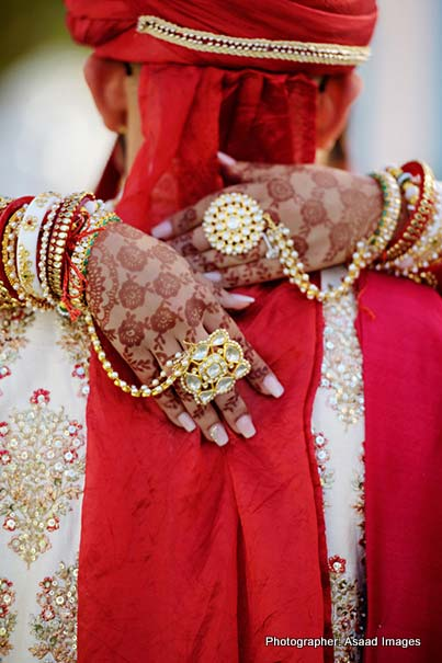 Indian Bride wearing Pocha