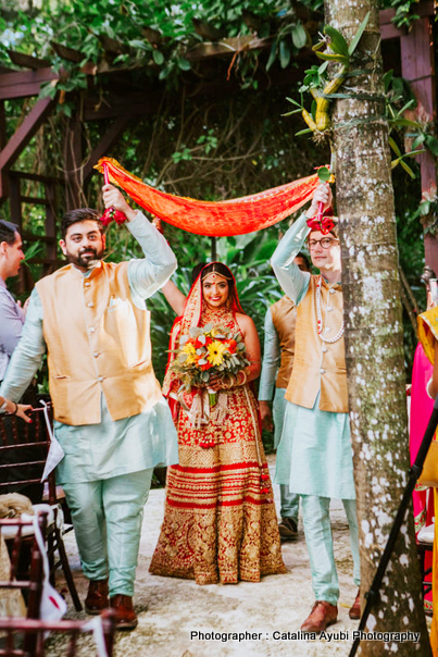 Great Enterance of Indian Bride for her Wedding
