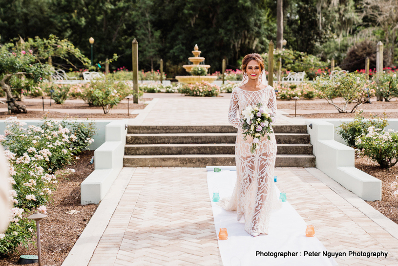 Top Model Rosanna Barsati Walking on White Carpet