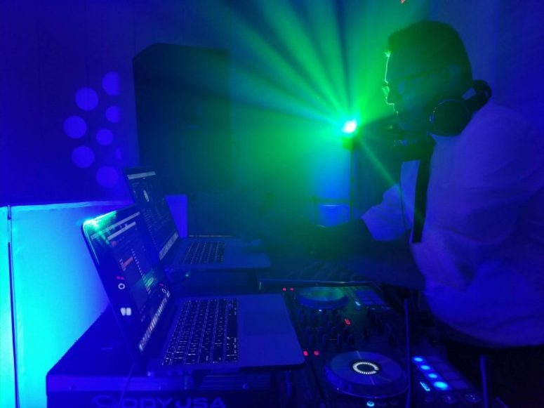 Green light DJ firoz Dudha