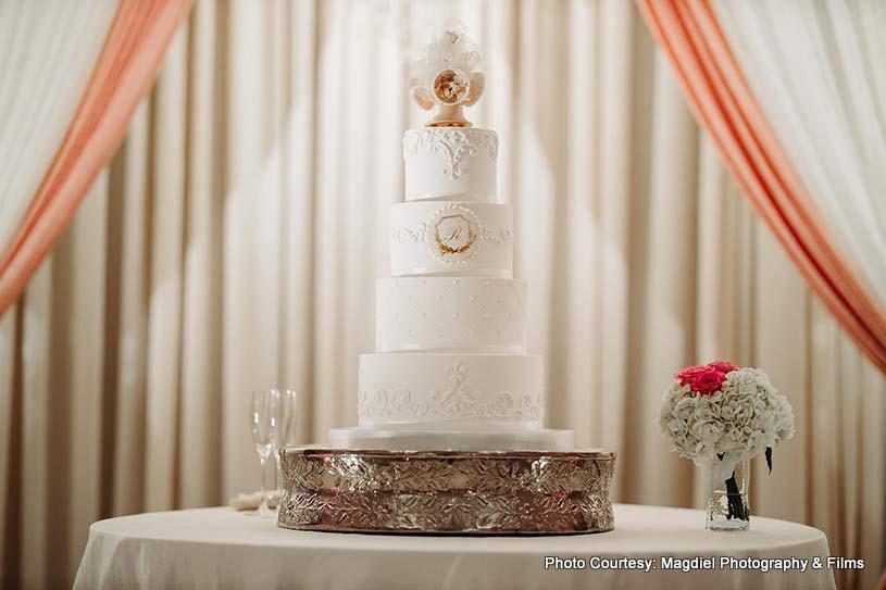 Beautiful wedding cake by Fancy Cakes by Lauren